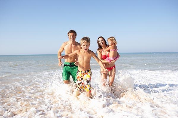 Destinos de España para Viajar con niños en verano